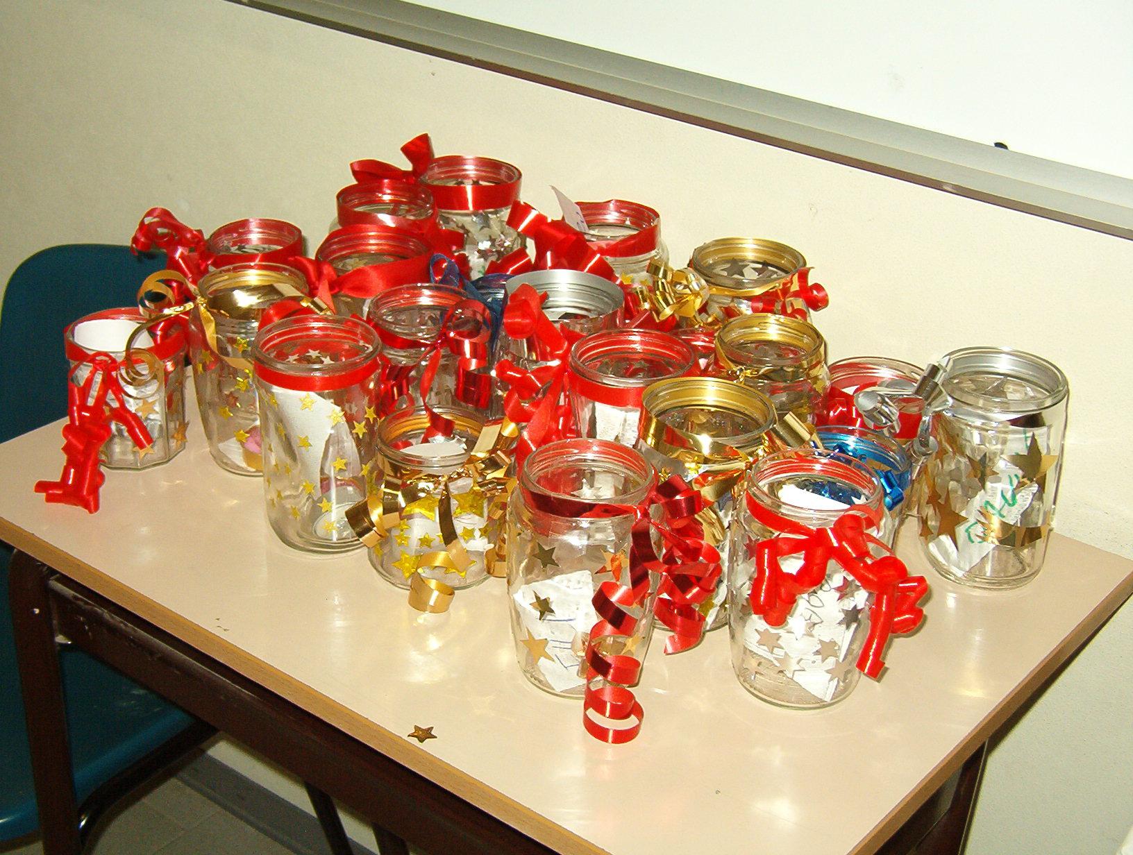 Lavoretti di natale con barattoli di vetro qx59 for Addobbi natalizi per la classe